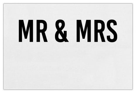 Mr & Mrs (+Text)